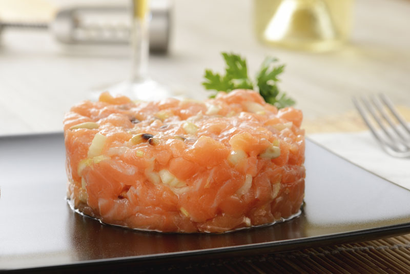 Ibiza Food And Drinks Delivery | By El Catering Francés - TARTAR 2 SALMONES C/ CITRICOS